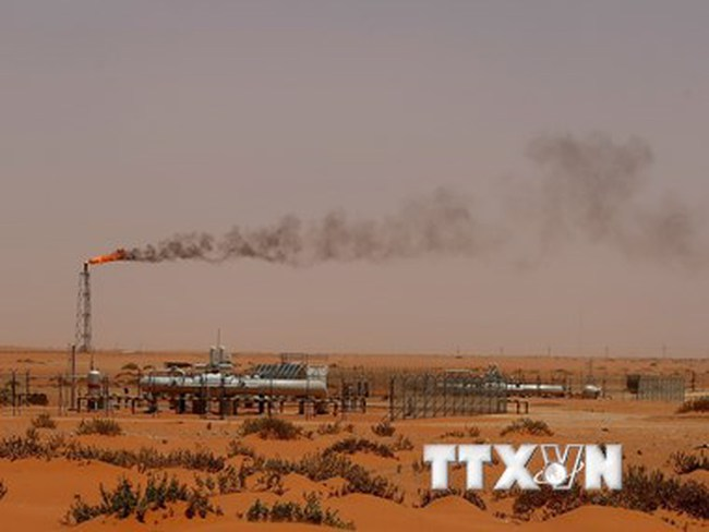 Xuất khẩu dầu thô của Iran sẽ tăng lên 1 triệu thùng mỗi ngày