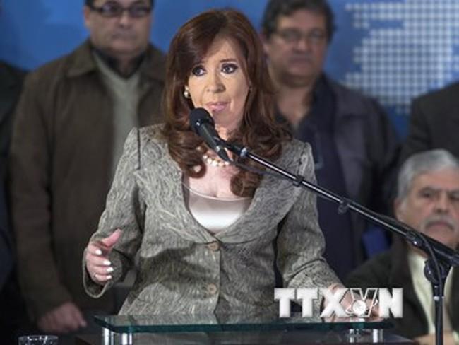 Tổng thống Argentina cảnh báo về một cuộc chiến tiền tệ