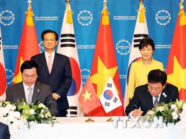 Hàn Quốc và Việt Nam ký tắt Hiệp định thương mại tự do