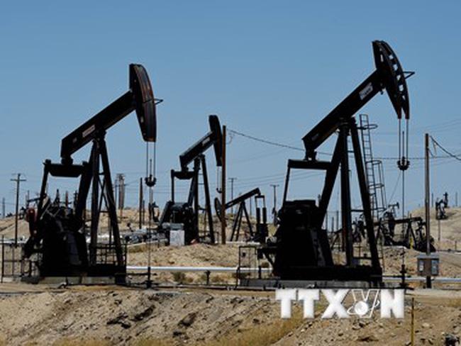Chờ đợi cuộc họp của Fed, giá dầu đi xuống tại thị trường châu Á