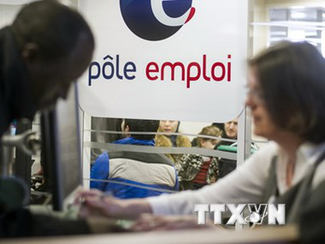 Kinh tế Pháp nhích chậm chạp, tỷ lệ thất nghiệp chưa giảm