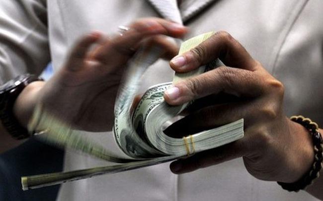 """Tỷ giá tăng nhanh, Ngân hàng Nhà nước """"lên tiếng"""""""