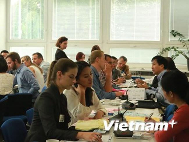 Dệt may, da giày Việt Nam tìm cách chiếm lĩnh thị trường Đông Âu