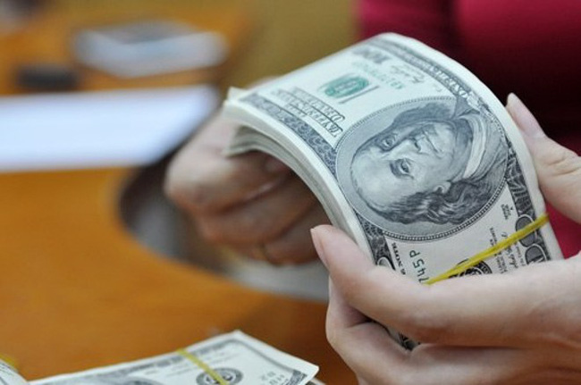Chính phủ chỉ đạo điều hành lãi suất, tỷ giá phù hợp diễn biến kinh tế vĩ mô