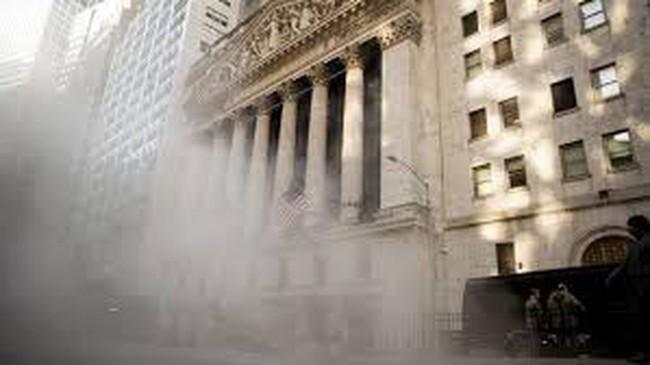 Dow Jones mất 360 điểm, phố Wall lại lao dốc
