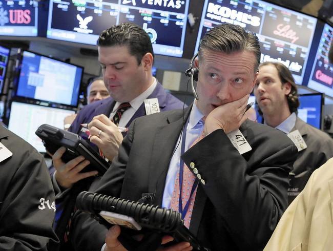 Chứng khoán Mỹ giảm do lo ngại về lạm phát
