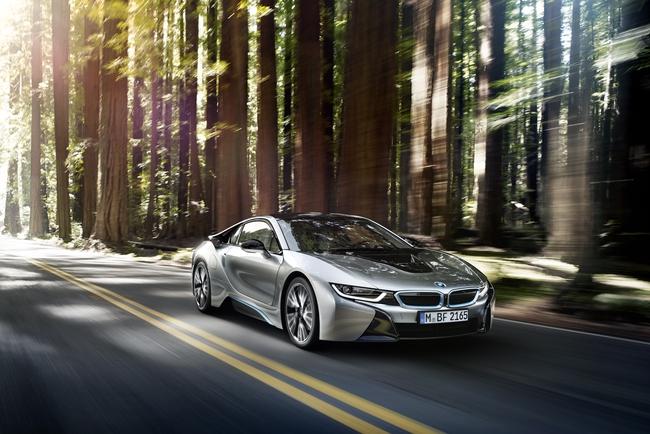 BMW – Thương hiệu công nghệ xe hơi hàng đầu đến với Việt Nam