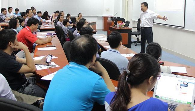 Học MBA với 100 tình huống và học phí gần 100 triệu đồng
