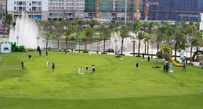 Chuyện chỉ có ở Park View: Khi vườn nhà là... công viên ven sông