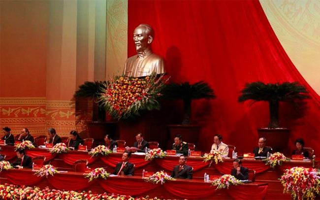 Bộ Chính trị nhận khuyết điểm, thiếu sót trước nhân dân