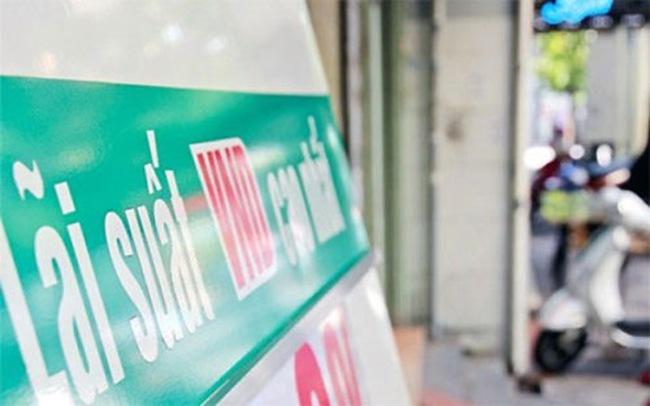 """Một vài ngân hàng đang phải lên """"dây cót"""" huy động vốn"""