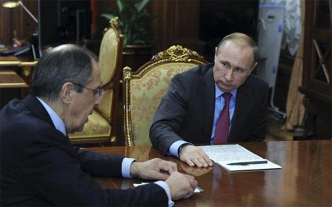 Putin tuyên bố rút quân khỏi Syria