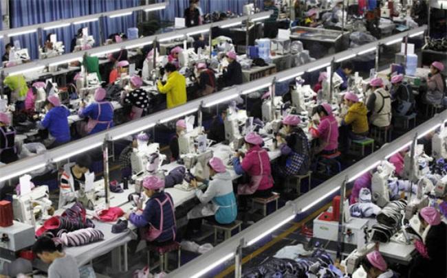 Những gánh nặng đang buộc chặt kinh tế Trung Quốc