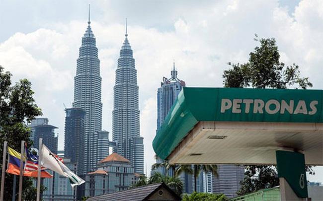 """""""Đại gia"""" dầu khí Malaysia sa thải 1.000 nhân viên"""