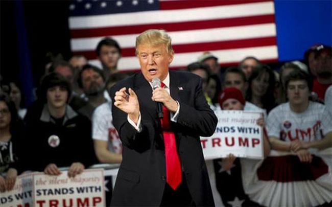 Donald Trump dự báo kinh tế Mỹ suy thoái