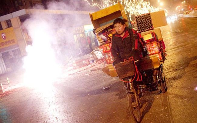 Vì sao nhiều thành phố Trung Quốc cấm pháo hoa dịp năm mới?