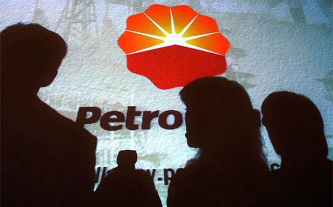 """""""Tam đại gia"""" dầu lửa Trung Quốc ồ ạt cắt giảm đầu tư"""
