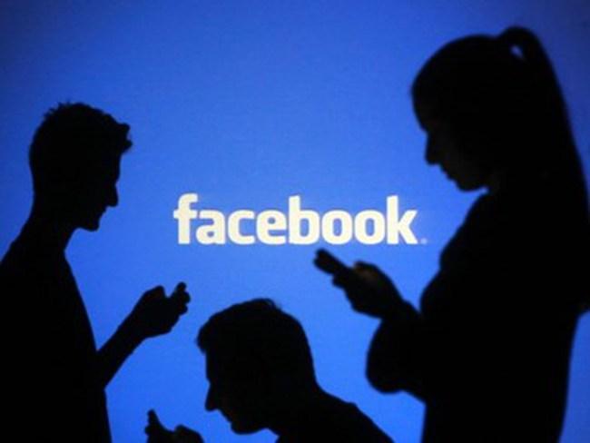 """Mạng xã hội Facebook """"hốt bạc"""" với 1,65 tỷ người tham gia"""