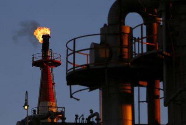 Giá dầu sẽ dao động ở mức 40-60 USD/thùng trong thập niên tới
