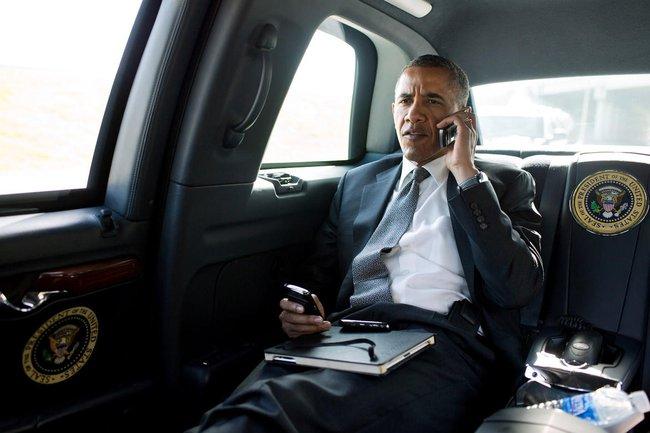 """Những điều ít biết về các thiết bị công nghệ """"kề vai sát cánh"""" với Tổng thống Obama"""