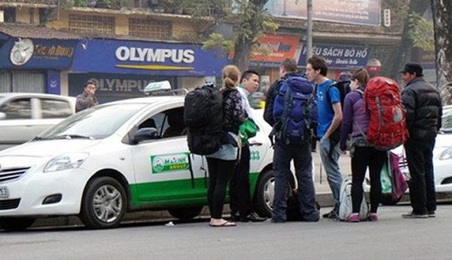 Bộ thúc, sở ép, cước taxi rục rịch giảm... nhỏ giọt