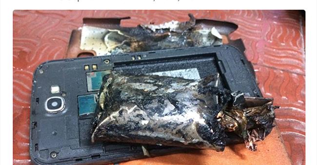 Thêm một smartphone dòng Note của Samsung phát nổ trên máy bay