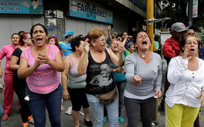 Người Venezuela biểu tình đòi thức ăn