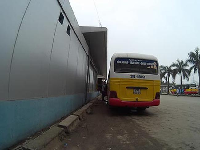 Tuyến buýt nhanh BRT nghìn tỉ hiện đại nhất Thủ đô: Chậm tiến độ, lãng phí