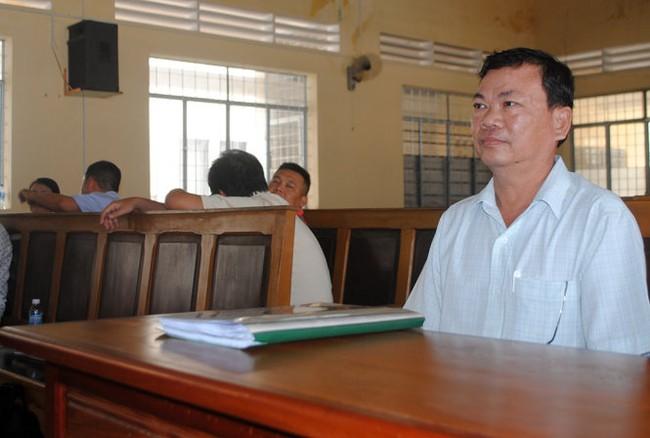 """Xét xử """"kỳ án"""" tham ô tại Bảo Minh Cà Mau"""