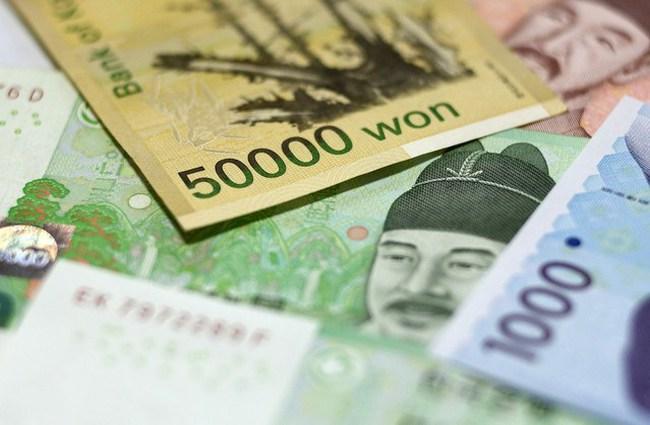 Đồng won Hàn Quốc rơi xuống mức thấp nhất trong gần 6 năm