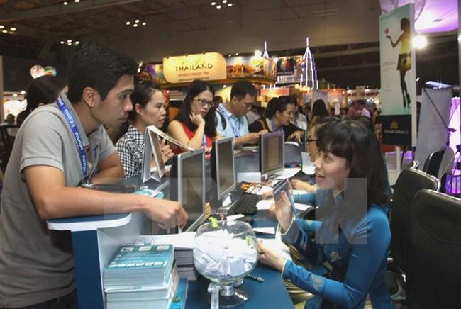 Vietnam Airlines cảnh báo việc gia tăng mua vé giả qua facebook