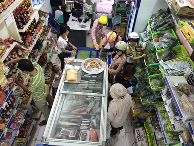 Thực phẩm bẩn: Kiểm tra xong lại… yên tâm bán tiếp!