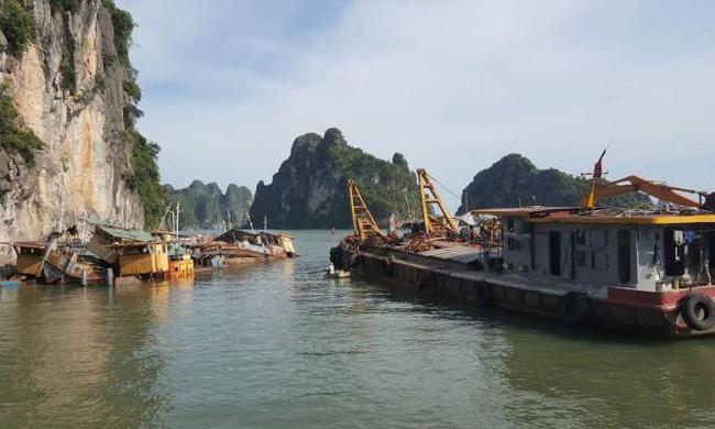 Di dời 'đống sắt vụn hàng trăm tỷ' trên vịnh Hạ Long