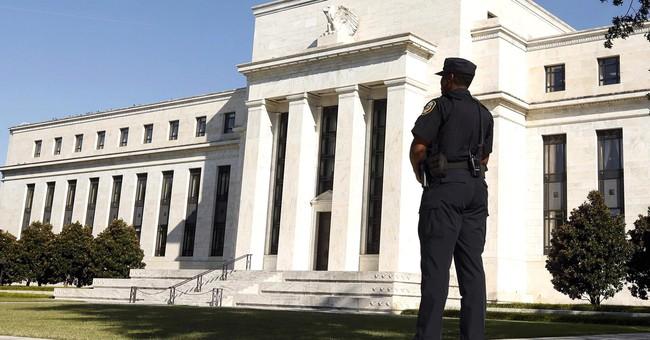 Tài liệu này cho thấy Fed khó có thể đi đúng lộ trình tăng lãi suất