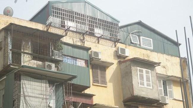 Dựng nhà trên nóc khu tập thể