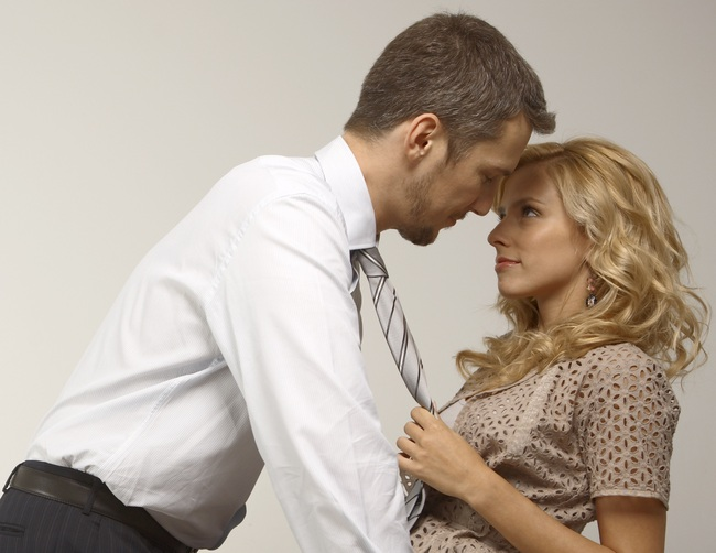 Hẹn hò với sếp là điều xuẩn ngốc!