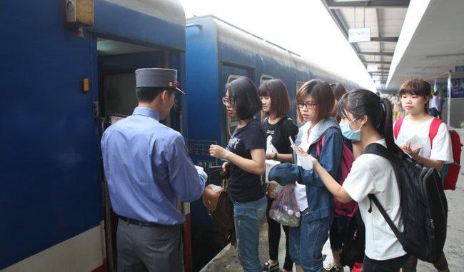 Đường sắt Việt Nam cả năm chỉ lãi 65 tỷ đồng