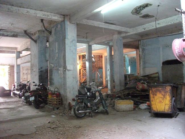 """Vì sao đại gia địa ốc lại tranh nhau """"đất vàng"""" các khu chung cư cũ trung tâm Sài Gòn?"""