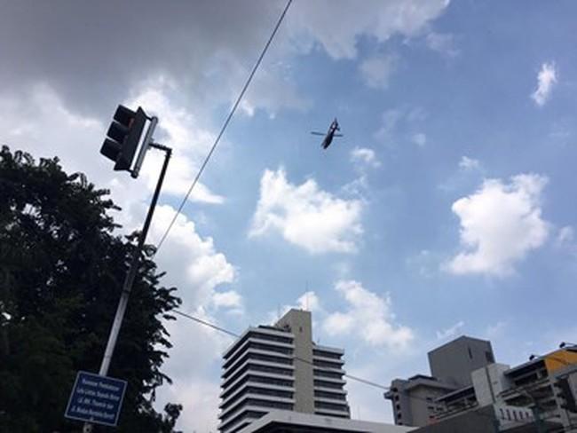 Đang đấu súng giữa phần tử khủng bố và cảnh sát ở Jakarta