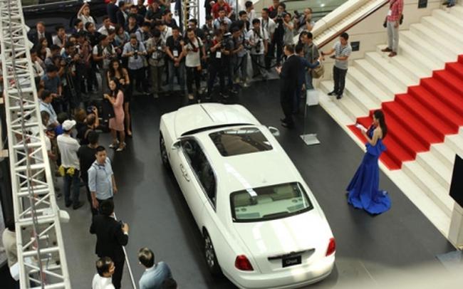 Có hay không lợi ích nhóm trong nhập khẩu ô tô?