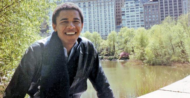 Ai mà biết được trước khi làm Tổng thống, ông Barack Obama từng là người bán kem, bồi bàn và nhân viên công trường!