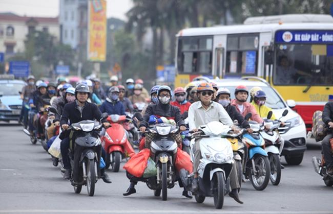 Người dân nghĩ gì về lộ trình áp dụng kiểm định khí thải xe máy?