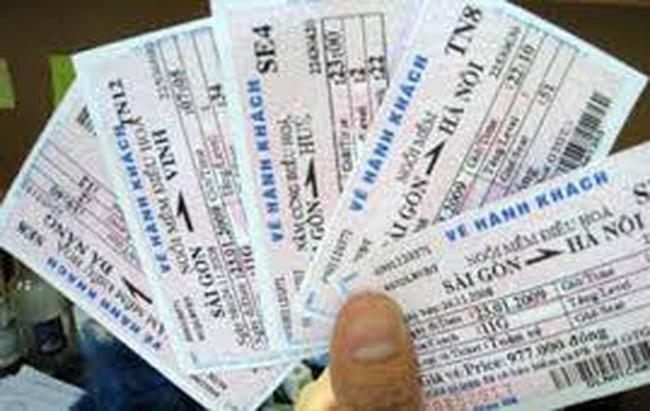 Điều chỉnh phí trả vé tàu để hạn chế vé chợ đen