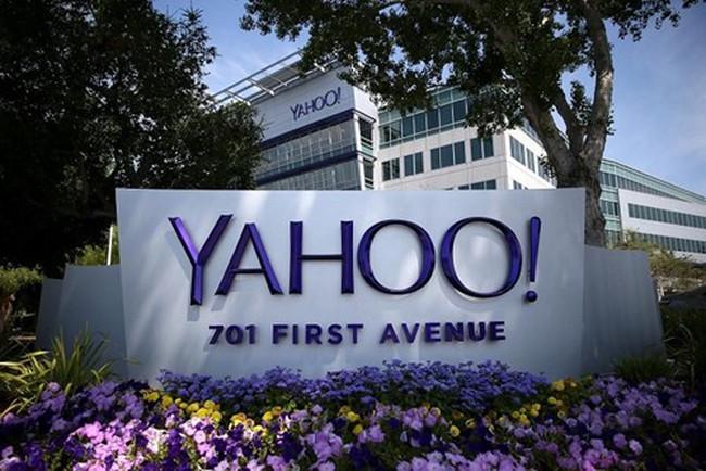 """Yahoo có thể """"bán mình"""" cho đại gia viễn thông Mỹ với giá 5 tỷ USD"""
