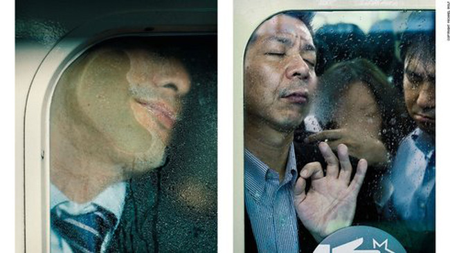 """""""Chết ngộp"""" trên tàu điện ngầm Tokyo"""