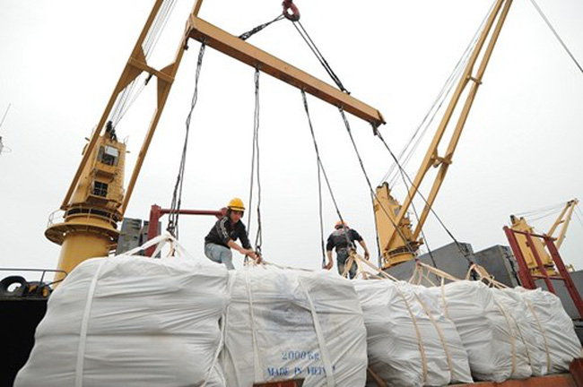 Hàng hóa từ Trung Quốc vào Việt Nam đang giảm dần
