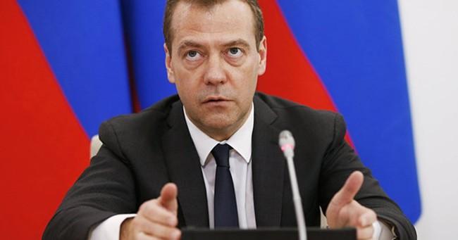 Thủ tướng Medvedev nói về hậu quả của Brexit với nền kinh tế Nga