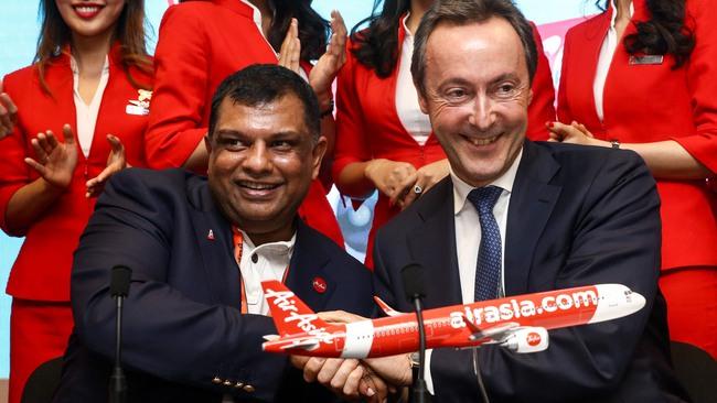 """AirAsia - Từ chỗ bị bán lại với giá 25 cent đến """"lá cờ đầu"""" của hàng không giá rẻ châu Á"""