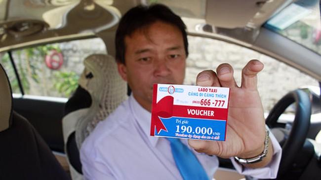 Taxi giảm giá không khuyến khích lại còn cấm cản!