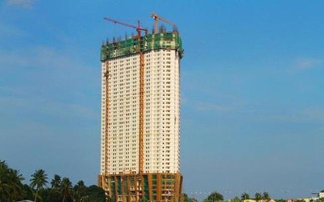 Bị đình chỉ thi công, Mường Thanh vẫn tiếp tục xây dựng?